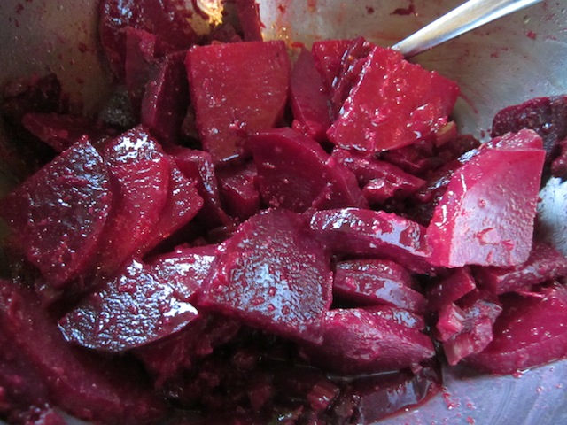 roasted beet salad 2 Seasonal Foods: Roasted Beets and Walnut Salad